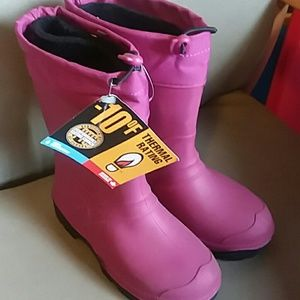 Other - NWT- Waterproof boots